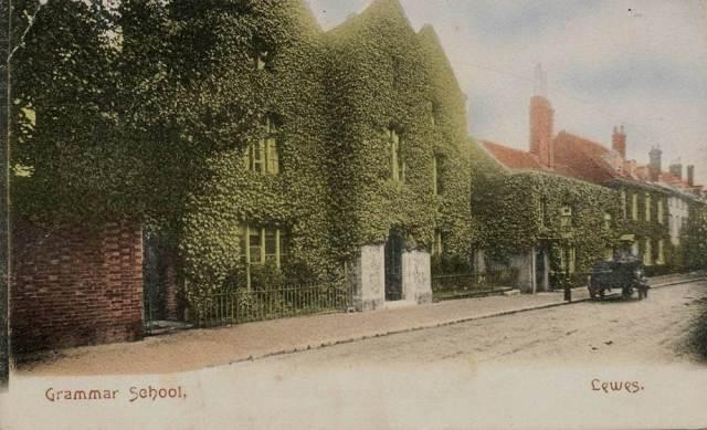 Lewes_Old_Grammar_School_postcard