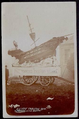 Cliffe_Bonfire_tableau_1910