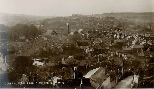 Lewes_from_Cliffe_Hill_c1900
