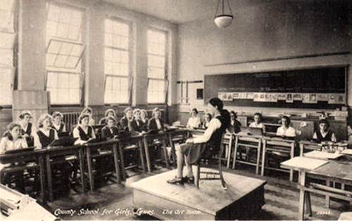 Lewes_County_School_for_Girls_art_class