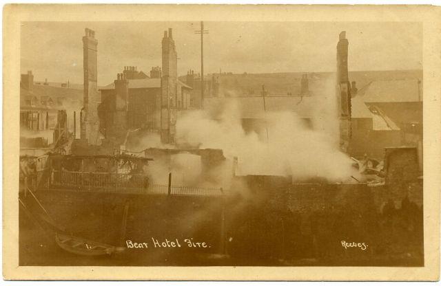 Bear_Inn_Fire_Lewes_1918_Reeves_postcard
