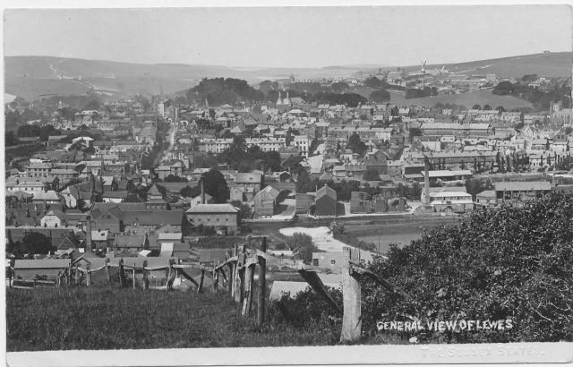 Lewes_from_Cliffe_Hill