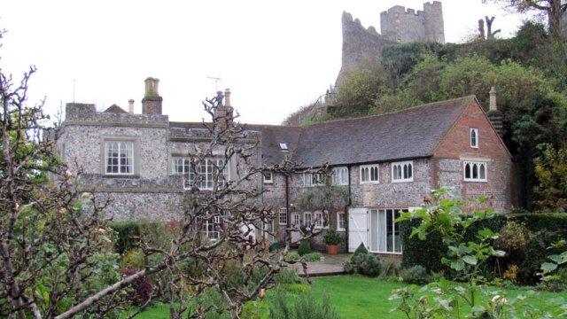 Castle_Lodge_Lewes