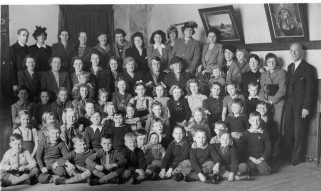 Dutch_children_visiting_Lewes_Feb_1946