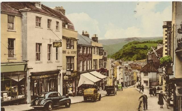 School_Hill_Lewes_1950s_postcard