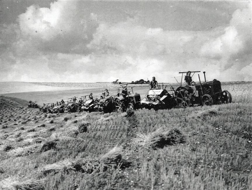 Womens Land Army WWII