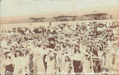 Empire Day 1904, Lewes school children, Cheetham postcard