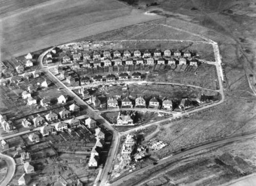 Nevill Downs Estate under construction 1930s