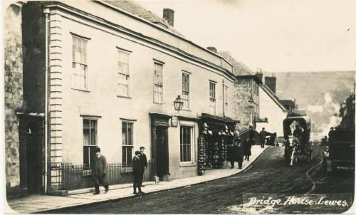 Bridge House, Lewes, E.J. Bedford photo pre 1909