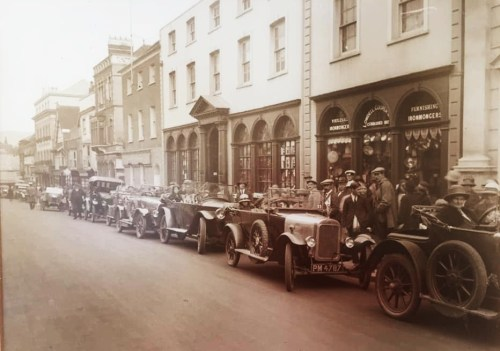 Cars on Lewes High Street, inter-war photo