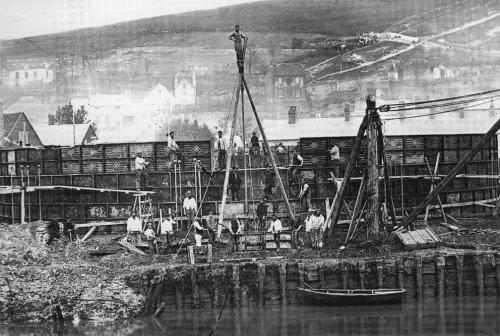 Gas holder construction, Lewes c. 1869