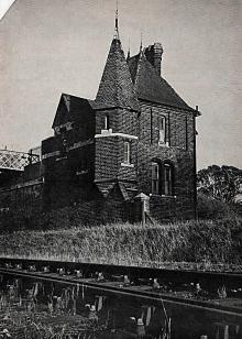 Leightside gatehouse, Lewes, 1970
