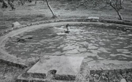 Southern Post Mill, Juggs Lane, swimming pool