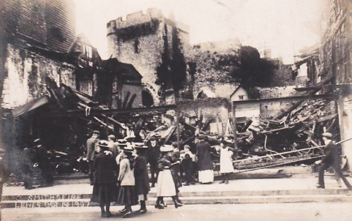 Smith's Fire, Lewes High Street, 1907, postcard
